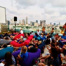 פופים שלנו על גג עיריית תא!