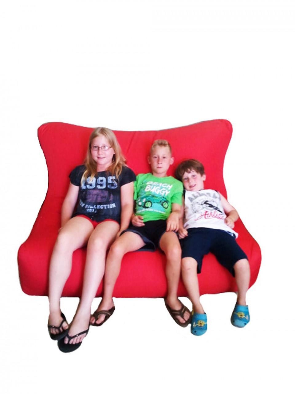 ספת פוף בבד קורדורה עם 3 ילדים